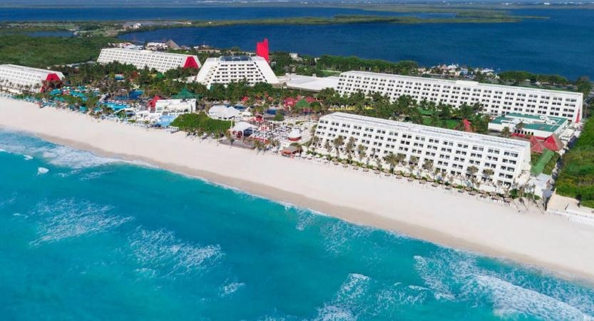 Situm deploys its indoor positioning system for the guiding of guests in Grand Oasis Cancun, one of Mexico's largest resorts.